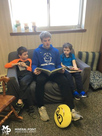 Reading to Elementary Students