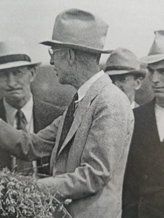 Laurence+Graber+%22Mr.+Alfalfa%22+Class+of+1906