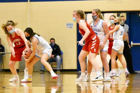 Girls Basketball Suffers a Loss to Reedsburg