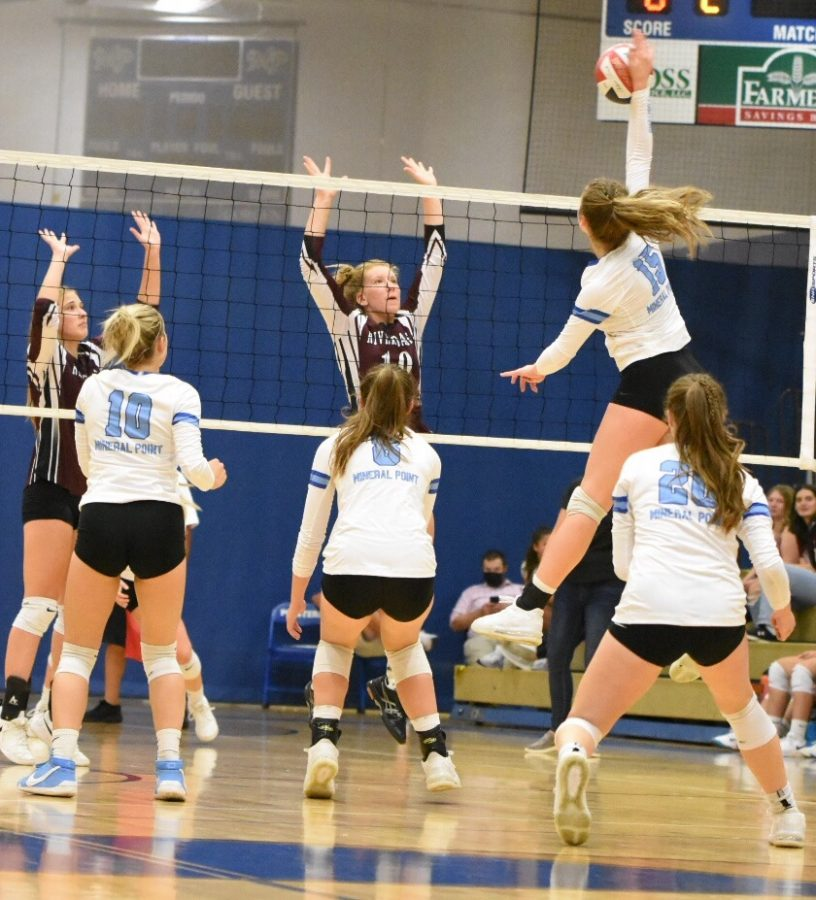 Varsity and JV Volleyball Defeat the Fennimore Eagles