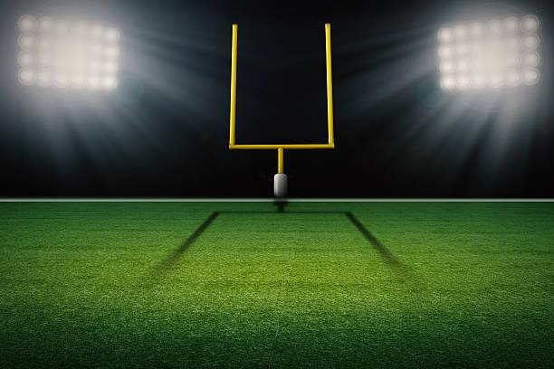 american+football+field+goal+post+with+empty+field